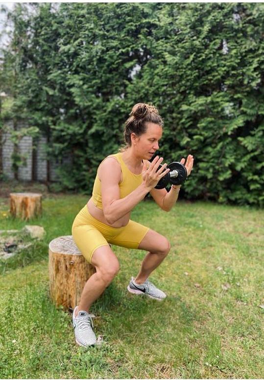 Ani v těhotenství nepřestala cvičit.