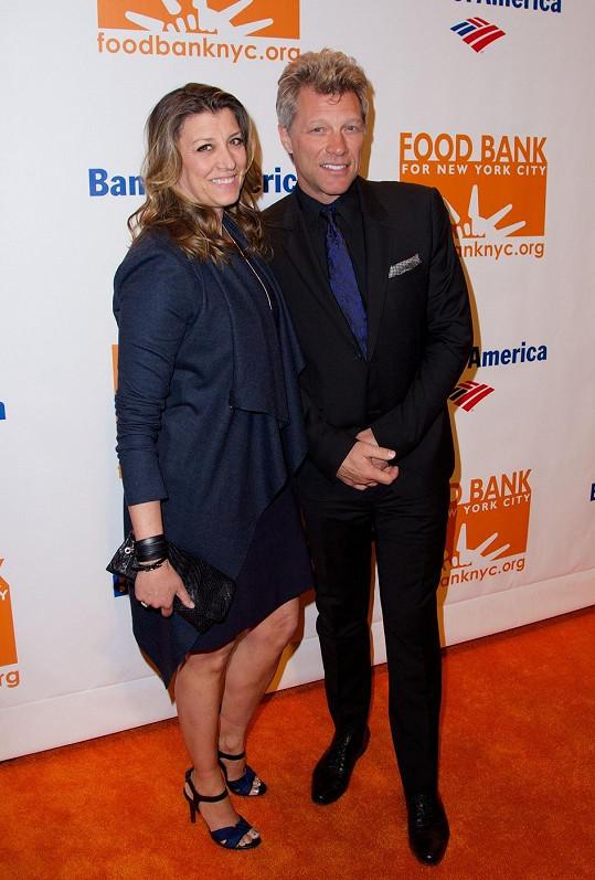 Jon Bon Jovi s manželkou Dorotheou Hurley