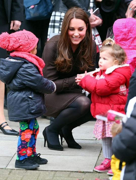 Vévodkyně má k dětem velmi blízký vztah.