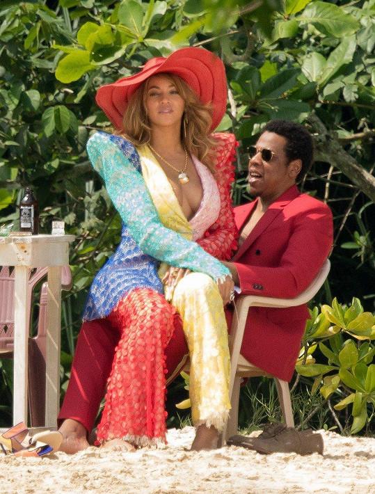 Beyoncé a Jay-Z vychovávají Blue Ivy, Rumi a Sira.