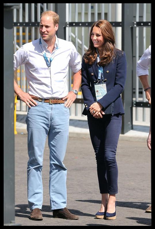 Oba manžele v džínách často neuvidíte...