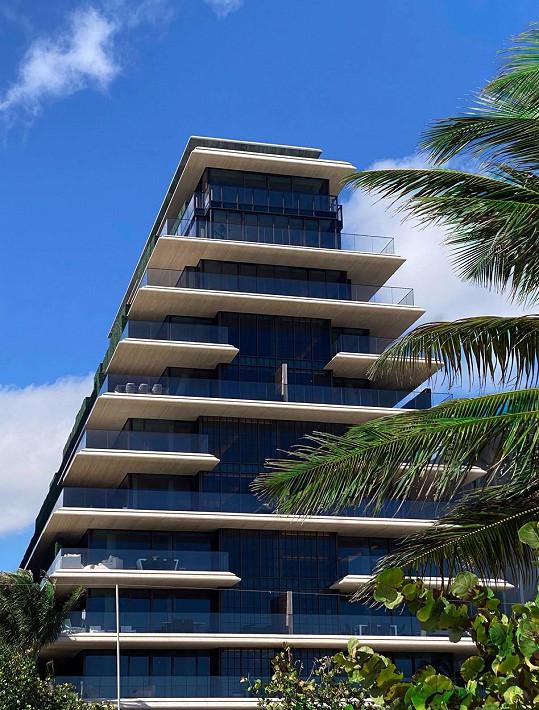 Ivanka Trump se s rodinou nastěhovala do luxusního bytového domu v Miami.