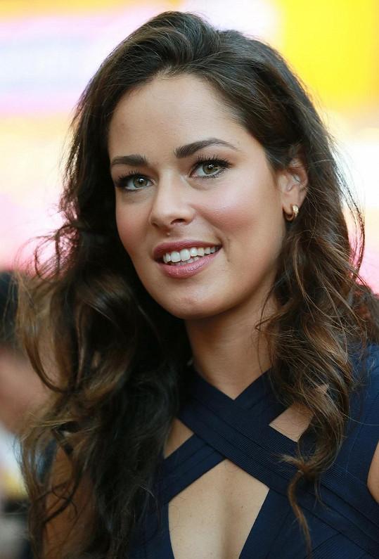 Srbka Ivanovićová všechny odzbrojila svou přirozenou krásou.