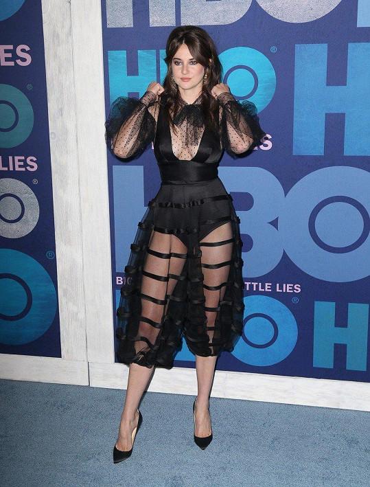 Shailene Woodley překvapila odvážným outfitem.