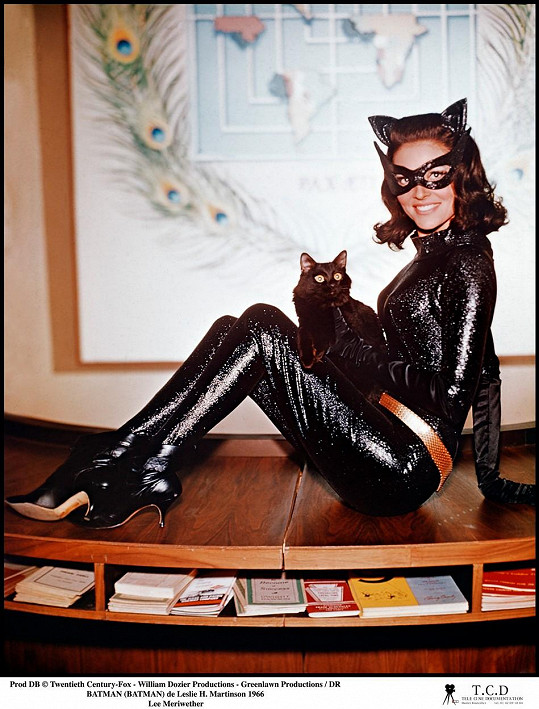 Lee Meriwether jako Catwoman ve filmu Batman (1966)