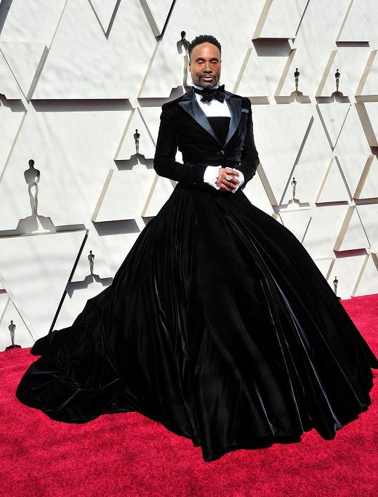 Na Oscarech 2019 vzbudil rozruch smokingovými šaty, které z něj podle jeho vlastních slov udělaly hvězdu.