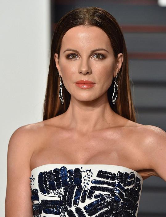 Kate po Oscarech zavítala na párty Vanity Fair.