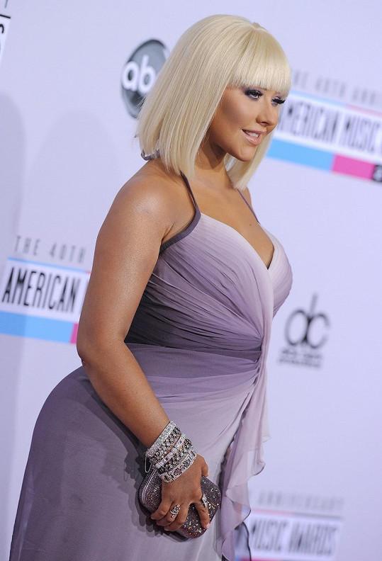 Aguilera loni v listopadu naAmerican Music Awards 2012.