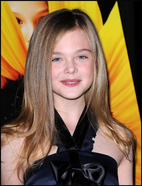 Elle Fanning na premiéře filmu Phoebe v říši divů (2009)