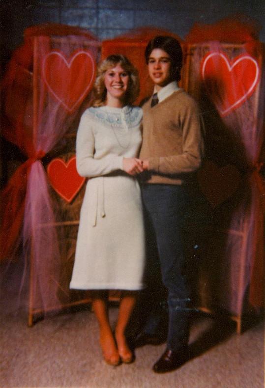 Brad Pitt na snímku s první láskou Tonyou Westphalen.