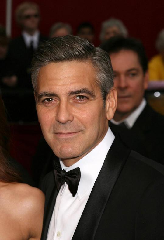 George Clooney se snad konečně zasnoubil.
