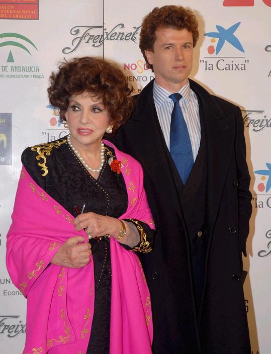 Gina netušila, že je manželkou Javiera.