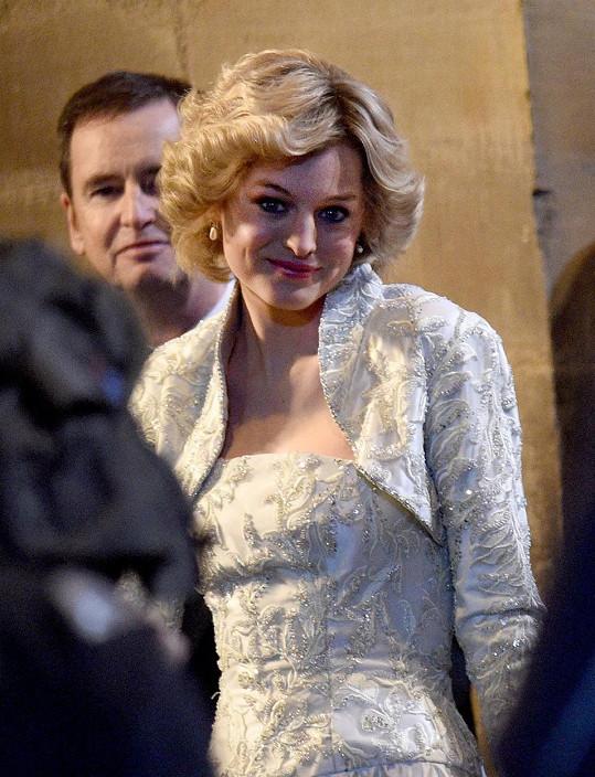 Ve čtvrté řadě se v roli Diany předvedla Emma Corrin.