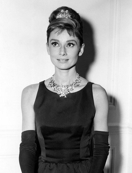 Zasazený do náhrdelníku zdobil diamant i Audrey Hepburn.