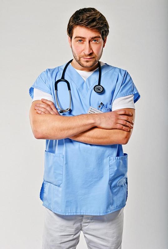 Diváci Marka vídají v seriálu Modrý kód.