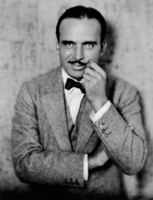 Večerem provázel legendární Douglas Fairbanks.