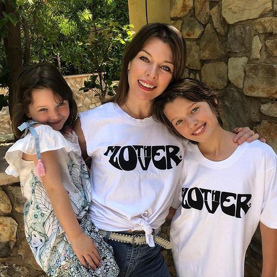 S dcerami Ever a Dashiel