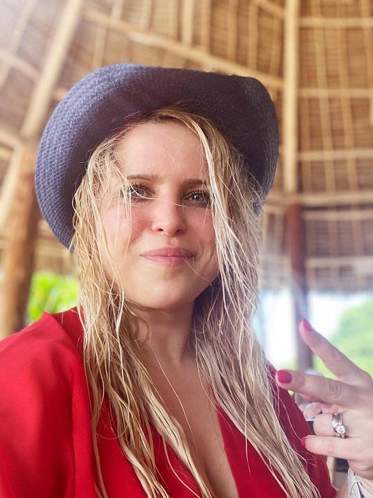 Alena odletěla na Zanzibar pár dní před vládním zákazem.