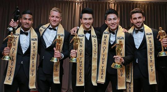 S dalšími úspěšnými soutěžícími z Men Of The Year 2017