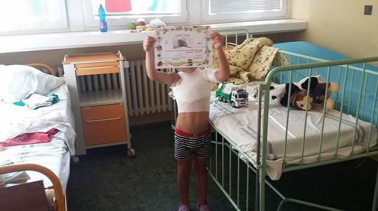 Popálený chlapeček v nemocnici