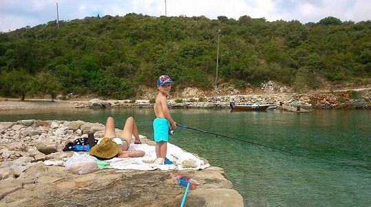 A ten si v Chorvatsku užívá moře a rybaření.