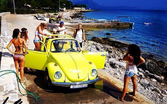 Točilo se na chorvatském ostrově Hvar ve Sport Resortu, který se nachází v krásném městečku Sućuraj.