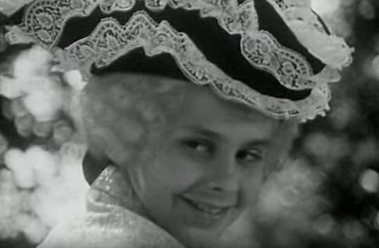 Antonín Navrátil si v Popelce zahrál jako malý kluk.