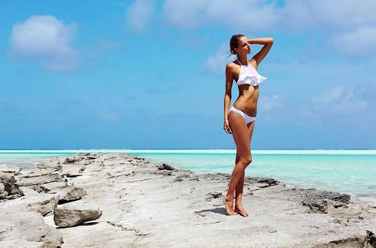 Fotilo se na exotických Cookových ostrovech.