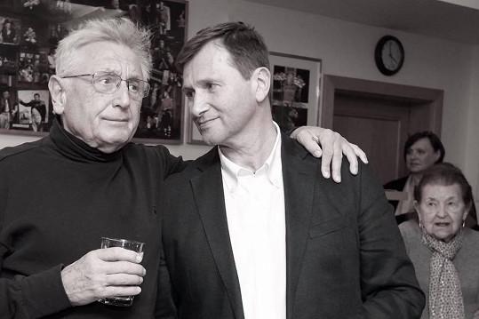 Jan Hrušínský s režisérskou legendou Jiřím Menzelem.