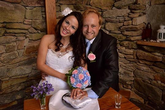 Podporu má v bulharské manželce Gerganě, kterou si vzal před dvěma roky. To by také hubený.