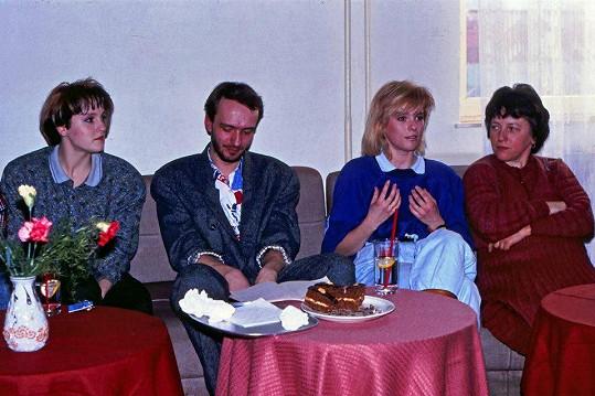 Na setkání fanklubu nechyběla ani sestra Ivety Bartošové Ivana (vlevo), která také zpívala, ale vystupovala pod přezdívkou Viana.