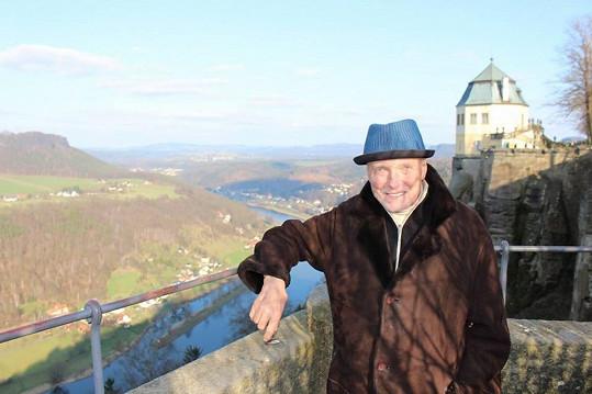 Karel Gott vyrazil na výlet.