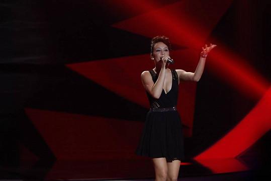 Eliška Rusková se ponořila do písně What about Us od Pink.