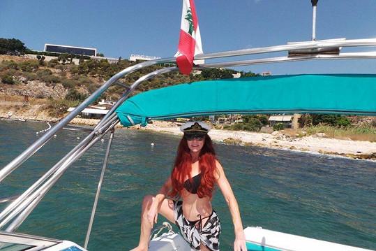 Blanka Matragi se předvedla v plavkách.