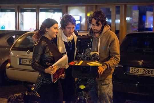 Film Šťastná byl uveden v kinech v roce 2014 a zahráli si v něm například David Kraus, Aneta Krejčíková, Dana Morávková, Jan Hrušínský, Ljuba Krbová.