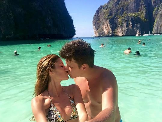 Tereza s přítelem Michalem na dovolené v Thajsku