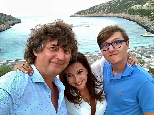 Dana Morávková s manželem Petrem Maláskem a synem Petrem