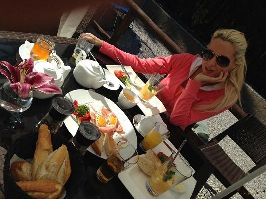 Katka Kristelová jezdí na víkendy do hotelu, aby se pořádně najedla.