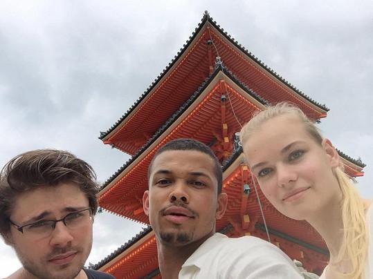 S Tomášem Kasalem a Terezou Smejkalovou poznávají krásy Japonska.