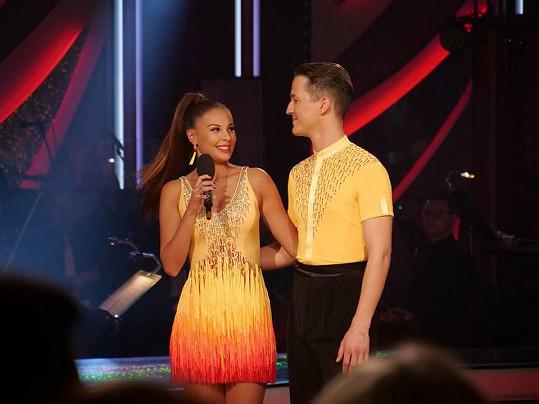 Monika Bagárová s tanečníkem Robinem Ondráčkem