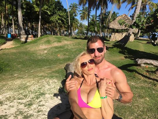 Vrátí se z Dominikány jako manželé?