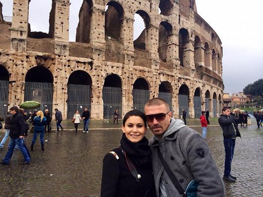 Vlaďka s Tomášem u Kolosea