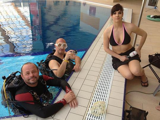 Marta Ondráčková už se svlékla do plavek. A co vy?