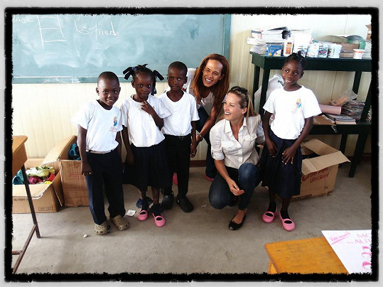 Petra Němcová na Haiti.
