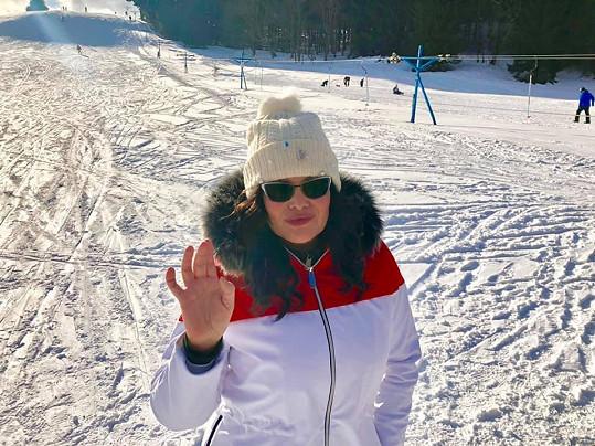 Ilona Csáková je také na horách, konkrétně v Jeseníkách. Oddechla si, že zprávy o smrti Gotta byly pouhou fámou.
