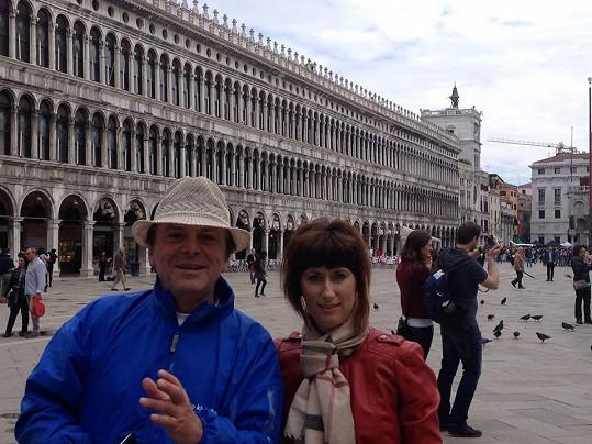 Monika a Pavel na romantickém výletě v Benátkách