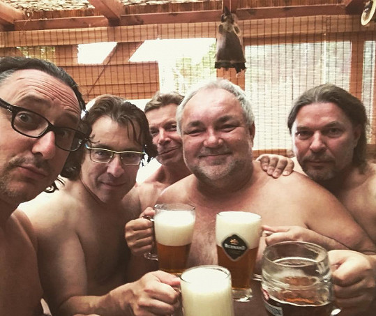 Marian Vojtko, Václav Svoboda a Petr Kolář si umí užívat.