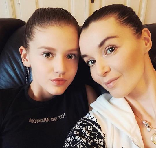Iva Kubelková s dcerou Natálií, která zdědila po mamince půvab.
