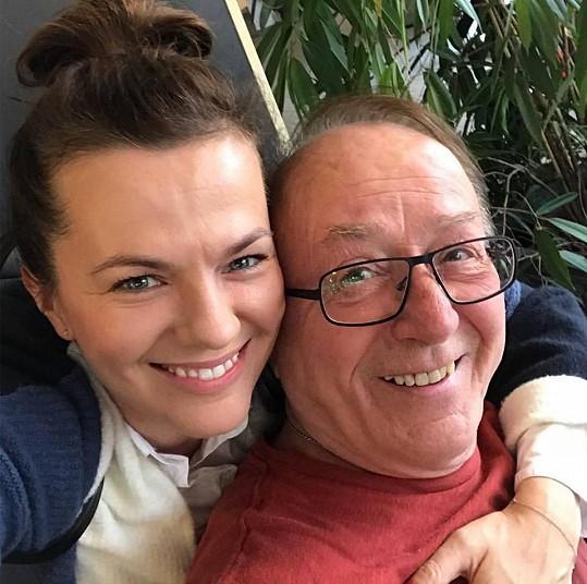 Marta s tatínkem Petrem Jandou