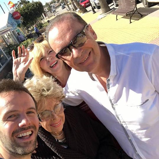 Společné selfie s maminkou Editou a synovcem Viktorem